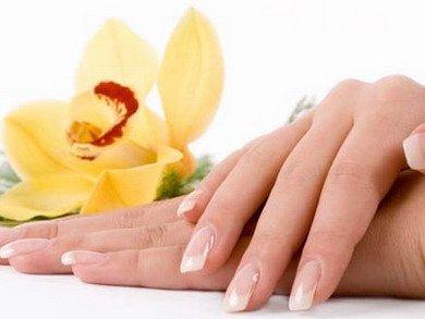 Гигиенический уход за кожей рук и ногтями