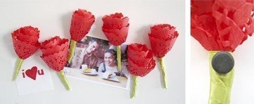 Цветы из салфеток -3