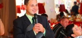 Тамада на свадьбу – какой он должен быть