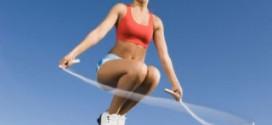 Упражнения со скакалкой - отличный способ привести себя в норму