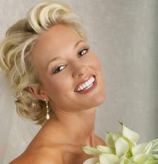 Несколько советов как подобрать свадебный макияж
