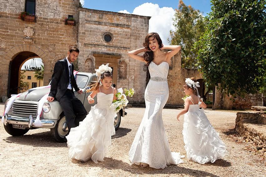 Свадебные платья и смокинги