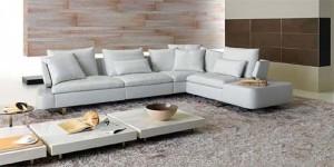 Белый современный диван для гостинной