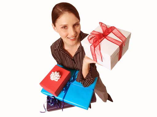 Что подарить друзьям – нужный и полезный подарок