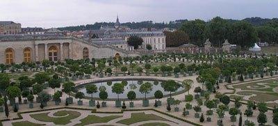 Исторические данные дворца Малого Трианона в Версале