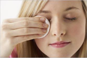 Как правильно снимать макияж1