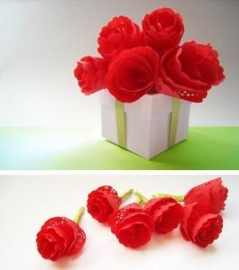 Цветы из салфеток -1