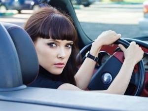 Дамы более аккуратные водители, чем мужчины