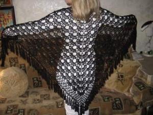 Модный аксессуар - вязаная шаль