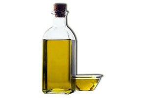 naturalnye-masla-dlya-rosta-volos-top-5-samyx-effektivnyx