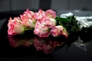 dostavka-cvetov-na-svadbu-chto-eto-i-zachem1