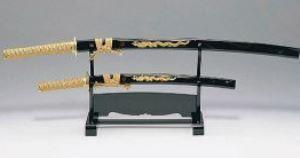 kollekcionnye-samurajskie-mechi-podarok-muzhu-lyubitelyu