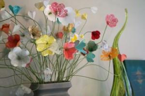 kak-sdelat-iz-bumagi-cvety