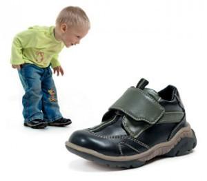 vybiraem-pravilno-detskuyu-obuv-na-sezon