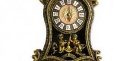 Настольные часы в интерьере дома