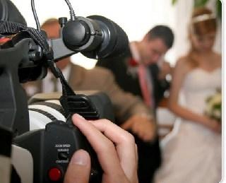 videorolik-na-svadbu-modnyj-i-krasivyj-syurpriz-dlya-lyubimoj