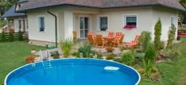 Бассейн во дворе – и польза, и удовольствие