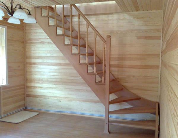 Фото красивой деревянной лестницы